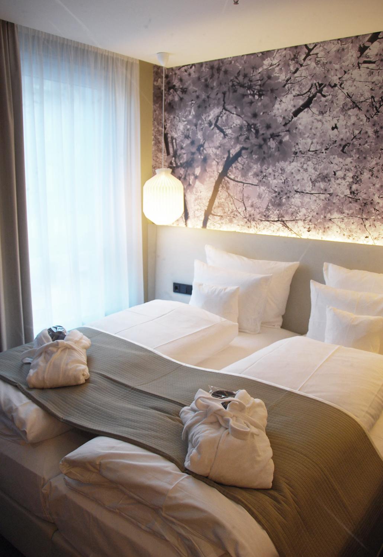 me and all hotel düsseldorf duitsland